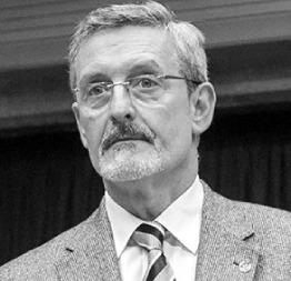 Dr Javier Lopez de Val